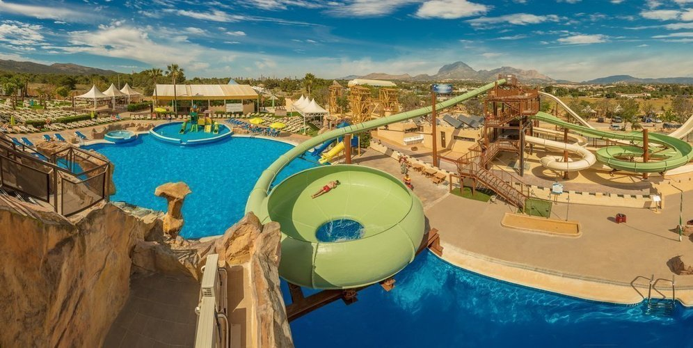 Magic Aqua Experience™ - Piscine Parc de Vacances Magic Robin Hood Alfas del Pi