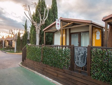Chalet nottingham 'a' parc de vacances magic robin hood alfas del pi