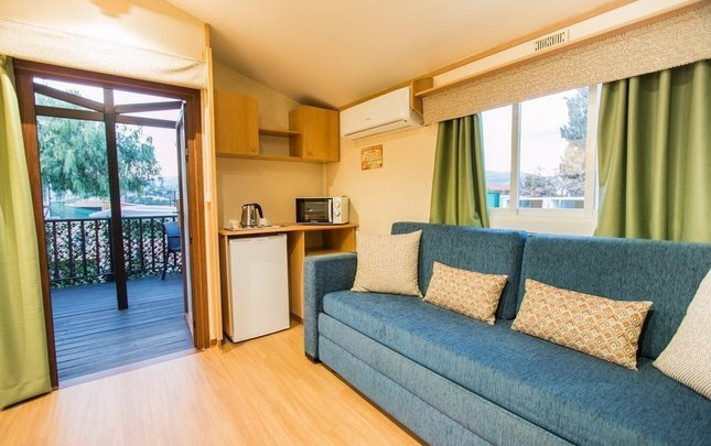 Chalet nottingham 'd' parc de vacances magic robin hood alfas del pi