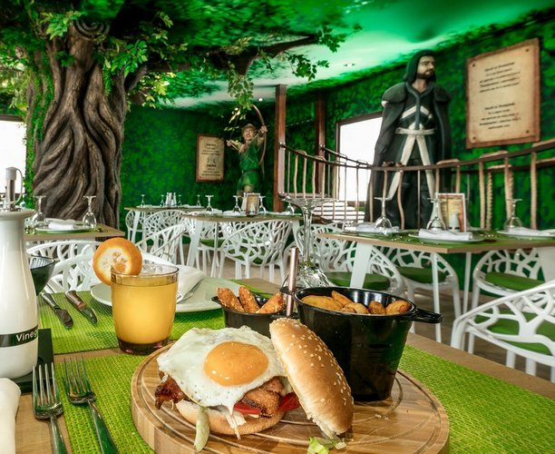 Restaurant parc de vacances magic robin hood alfas del pi